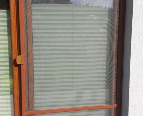 Moskitiera balkonowa ramkowa